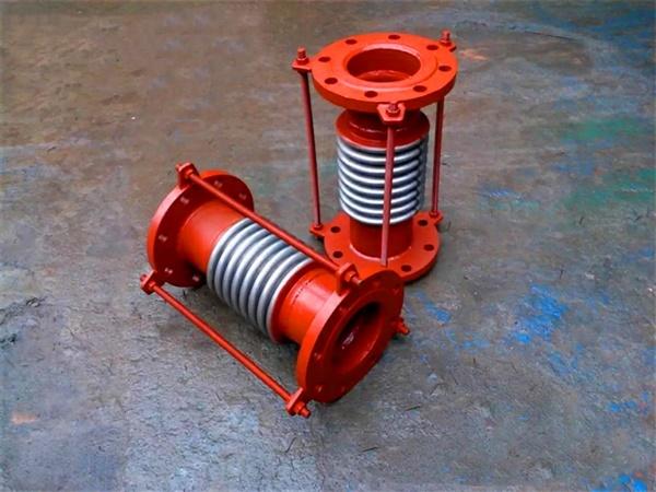 carbon steel compensator